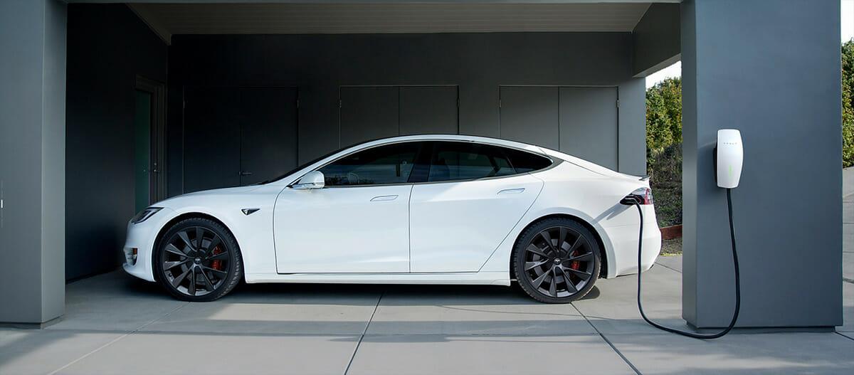 Tesla charger - Tesla charging station